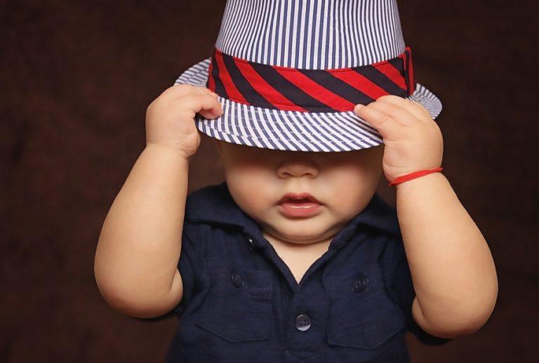 Babykleidung bei jedem Wetter – So ziehen sie richtig an